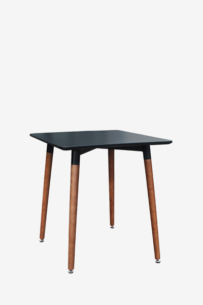beebee table B600