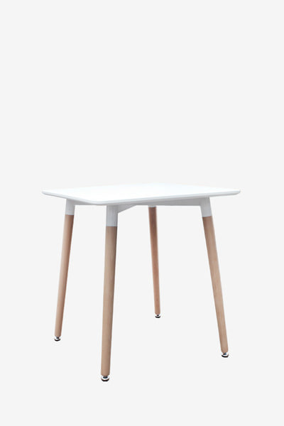 beebee table W600
